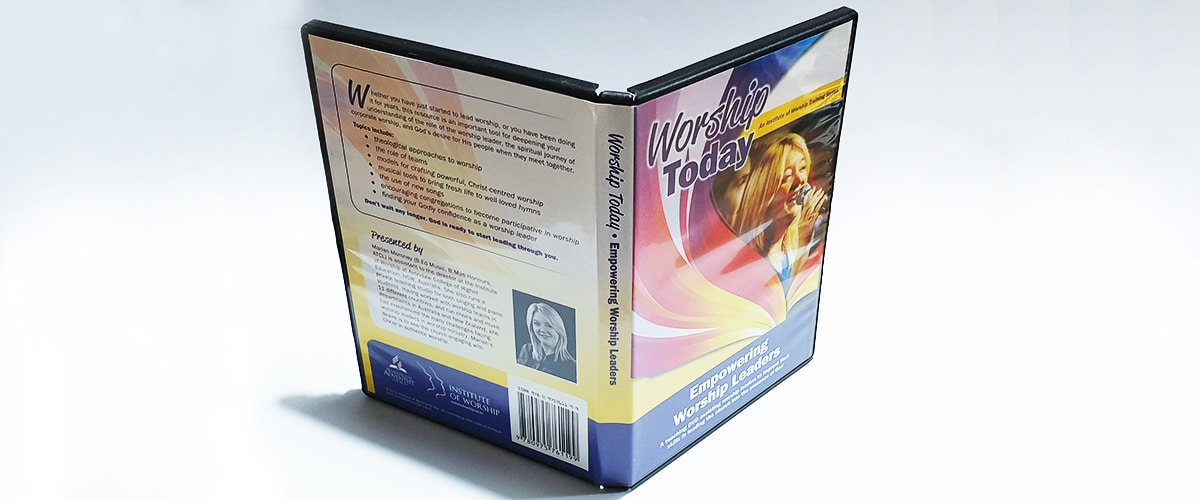 Black DVD case with 14mm spine front view